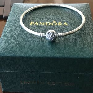 Pandora special edition heart of winter bracelet
